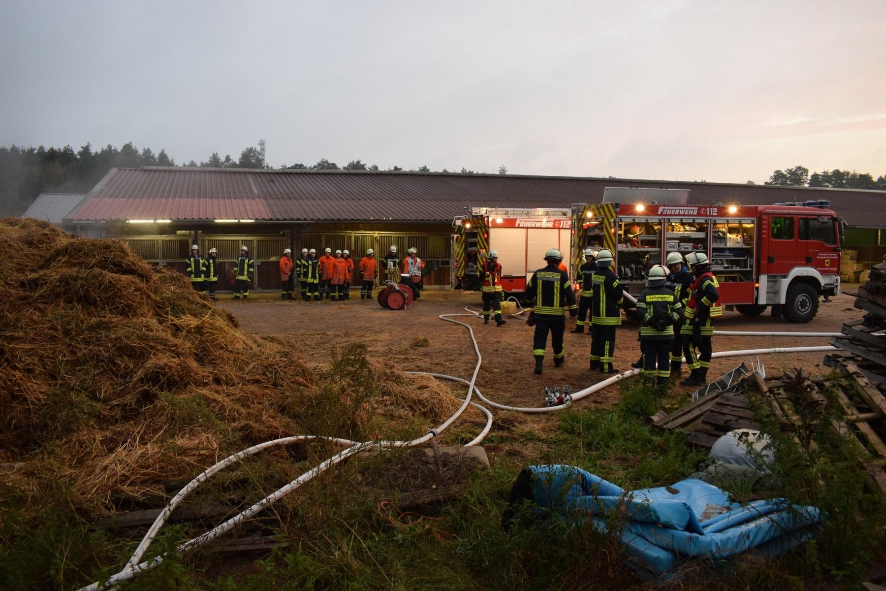 2019_09_12_brennender-Misthaufen-Hanstedt-Bild-3