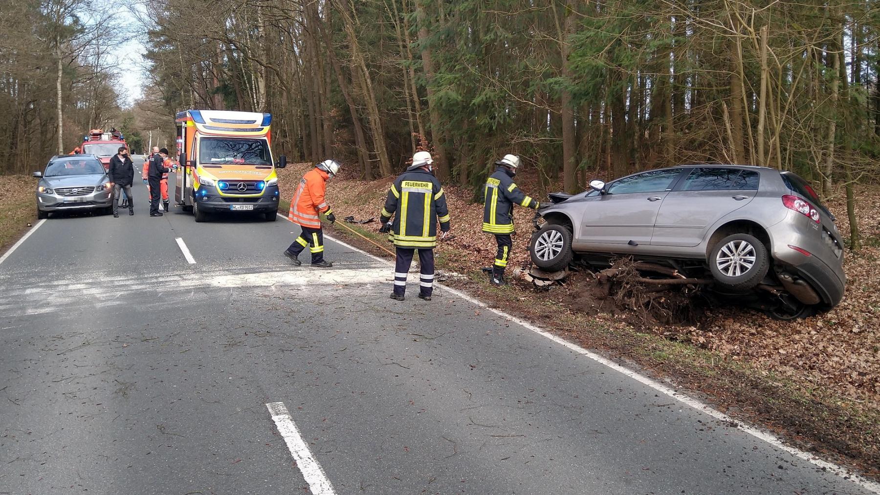 2021_03_17_Verkehrsunfall-Nindorf-Bild-2
